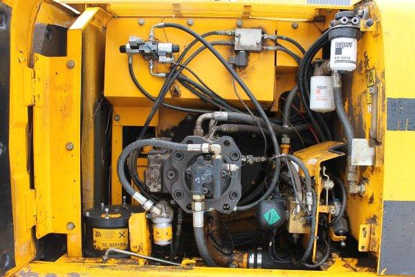 Ремонт и замена гидравлических систем погрузчика